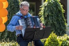Zingen-voor-saamhorigheid-Koningsdag-Henricushof-2020-Lierop-11