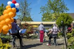 Zingen-voor-saamhorigheid-Koningsdag-Henricushof-2020-Lierop-19